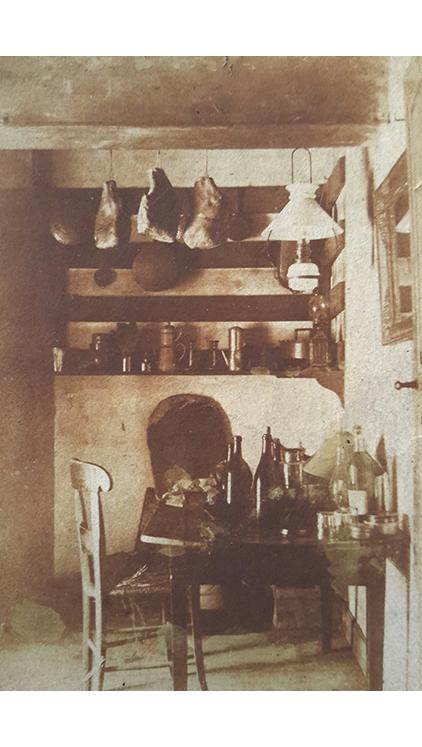 """<p></p> <p class=""""p1""""><span class=""""s1"""">La cuisine des Étoux</span></p>"""